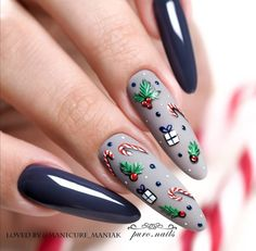 We're always looking for new winter nails to celebrate winter holiday season. Glitter Solar Nails, Glow Nails, Sparkly Nails, Shellac Nails, Fancy Nails, Xmas Nail Designs, Creative Nail Designs, Colorful Nail Designs, Toe Nail Designs