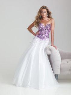 6700 - Purple/White at Peaches Boutique
