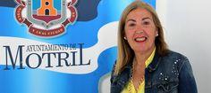 MOTRIL.Mª Ángeles Escámez explica que hasta ahora ha sido la mayor convocatoria de exámenes de inglés en la ciudad.