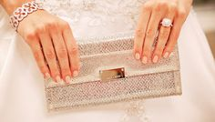 10 Things Every Bride Should Have In Her Bag On Her Wedding Day