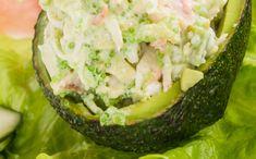 8 raisons d'en pincer pour le crabe ! 🦀  #crabe #crustacés #avocats #avocado Guacamole, Potato Salad, Potatoes, Mexican, Ethnic Recipes, Food, Crab Meat, Stuffed Avocado, Lawyers