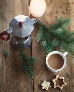 instagram @allthebeautifulthings #allthebeautifulthings #morning #morningcoffee #coffee #coffeetime #coffeepot #cookies #christmascookies #waitingforchristmas
