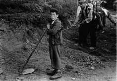 Construíndo a estrada do Dr. Harguindey preto de Santiago, c. 1950 | Building the road for Dr. Harguindey near Santiago, c, 1950