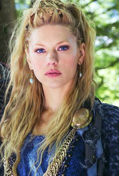Lagertha. If you [like|love|adore} Ragnar Follow the link