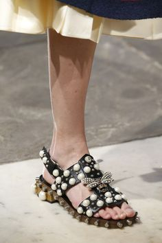 Gucci Resort 2017 #details #shoes