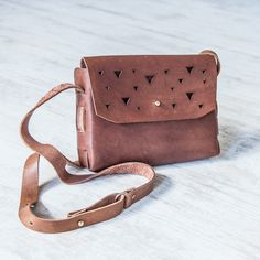 Ilundi leather bags