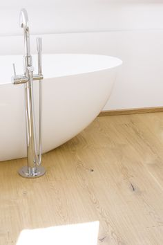 Overview of all references from mafi natural wood floors. See for yourself the benefits of using mafi natural wood floors in private as well as business areas! Natural Wood Flooring, Natural Oils, Bathroom Ideas, Bathrooms, Wellness, Shower, Rain Shower Heads, Bathroom
