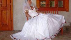 leggyönyörűbb kalocsai mintás esküvői ruhák