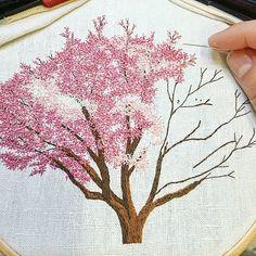 Work in progress . . . . . . . . . . . . . . #magnolia #pinktree #arbrerose #rose #pink #tree #arbre #campagne #countryside #greenlife #making #inprogress #handembroidery #embroidery #embroideryart #broderie #broderiemain #handmade #faitmain #brodeuse #embroiderer #embroidered #bordado #madeinfrance #delphil #tatoueusedetissu© #modernembroidery #contemporaryembroidery #embroideryinstaguild #embroiderylove