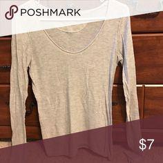 Mossimo long sleeved lightweight sweater Gray long sleeved lightweight sweater Mossimo Supply Co Sweaters Crew & Scoop Necks