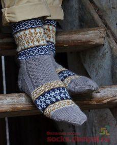 Warm Socks, Cool Socks, Knitting Charts, Knitting Socks, Mitten Gloves, Mittens, Crochet For Kids, Knit Crochet, Knitted Booties
