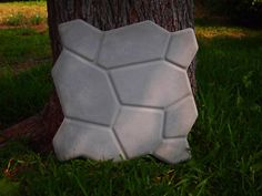2 New Paver Stone Plastic Molds Concrete Plaster | eBay Decorative Stepping Stones, Stepping Stone Walkways, Paver Stones, Concrete Walkway, Concrete Cement, Concrete Refinishing, Cobblestone Walkway, Walk Maker, Stone Molds