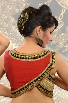 27 Latest Saree Blouse Designs collection for 2020 - Fashion Blouse Back Neck Designs, New Blouse Designs, Choli Designs, Bridal Blouse Designs, Sari Design, Kaftan, Cut Work Blouse, Couture, Blouse Designs Catalogue