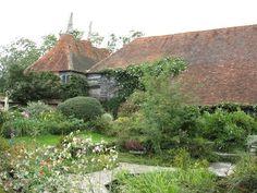 Afbeeldingsresultaat voor christopher lloyd garden great dixter