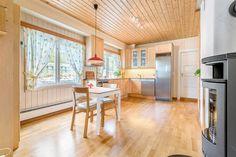 FINN – Toppenhaug - enebolig med stor hage i meget hyggelig område - gangavstand til det meste!