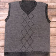 Men's pullover vest V neck sweater gray vest with diamonds