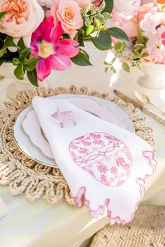 Mariee Ami Easter Napkin Easter Table Decorations, Easter Decor, Vintage Candles, Table Accessories, Cute Crafts, Floral Bouquets, Event Decor, Napkin, Spring