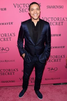 Pin for Later: All the Must-See Action From the 2015 Victoria's Secret Fashion Show  Pictured: Trevor Noah