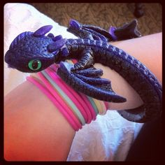 Toothless lookalike bracelet bought at Gencon 2012 Toothless, Look Alike, Amazing Things, Bracelets, Cute, Pictures, Stuff To Buy, Jewelry, Fashion