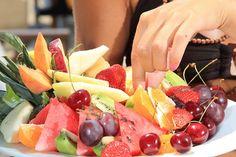 Mindful Nutrition & Tips to STOP Binge Eating via myfitstation.com #binge #diet #fitness #mindbdyspirit