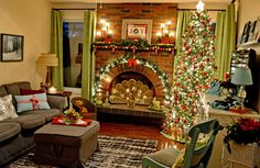 Christmas room decor | Christmas2017 | Betty Minnes | Flickr Christmas Room, Christmas Mantels, Room Decor, Home, Christmas Mantles, Room Decorations, Decor Room, Decorating Rooms, Haus