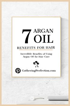 Argan oil is a natural oil that has a luxurious amber color. It is full of nutrients, absorbs easily and has a light texture — things that make it ideal for use as a hair care product. Pure Argan Oil, Argan Oil Hair, Hair Oil, Argan Oil Benefits, Olive Oil Hair, Curling Iron Hairstyles, Light Texture, Amber Color, Hair Loss Treatment