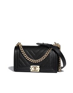 Handbags of the Spring-Summer 2018 CHANEL Fashion collection : BOY CHANEL Handbag, grained calfskin & gold-tone metal, black on the CHANEL official website. Burberry Handbags, Chanel Handbags, Leather Handbags, Luxury Bags, Luxury Handbags, Designer Handbags, Chanel Fashion, Fashion Bags, Trendy Fashion