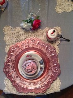 VALENTINES 2015 pink and grey single setting table decor