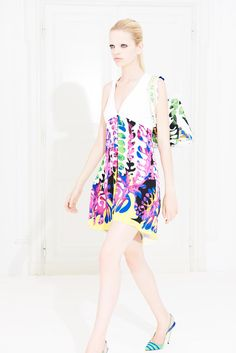 Versace, Spring Summer 2012 Resort collection.Vacation dresses in a tropical print inspired by Matisse'sBouquet