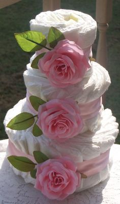 Pink Roses Diaper Cake for a girl's baby shower Baby Party, Baby Shower Parties, Baby Shower Themes, Shower Ideas, Baby Showers, Baby Shower Crafts, Baby Crafts, Shower Gifts, Diaper Bouquet
