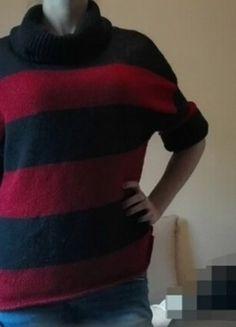 Kup mój przedmiot na #vintedpl http://www.vinted.pl/damska-odziez/swetry-z-golfem/15580014-czarno-czerwony-sweter-w-paski-bershka-m-lub-l