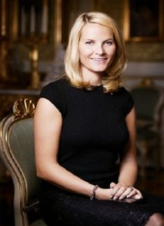 R4R Royal Bios: (Norway) Crown Princess Mette-Marit of Norway   -Mette-Marit Tjessem Høiby  -born August 19, 1973  -wife of Crown Prince Haakon  -married on August 25, 2001  -future queen consort of Norway  -pronouned Metta Marr-itt