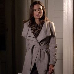 Outfit worn by Melissa Hastings in Pretty Little Liars !