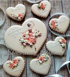 Iced Cookies, Royal Icing Cookies, Fun Cookies, Cupcake Cookies, Sugar Cookies, Pie Crust Cookies, Biscuit Cookies, Galletas Decoradas Royal Icing, Ballerina Cookies