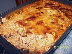 Spicy spaghetti bake, a good recipe from the pasta & noodle category. - Spicy spaghetti bake, a good recipe from the pasta & noodle category. Hamburger Meat Recipes, Sausage Recipes, Spicy Recipes, Pizza Recipes, Grilling Recipes, Baking Recipes, Hamburger Casserole, Cake Recipes, Spicy Spaghetti