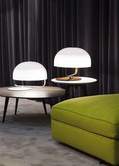 PMMA table lamp - Oluce