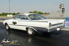 1961 Ford Galaxy Sunliner