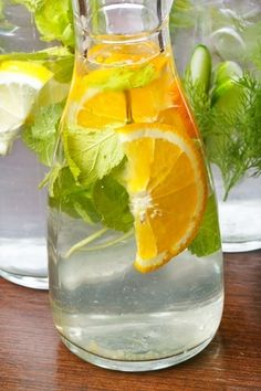 This video by Cassey Ho, shows how to make a refreshing, yet slimming, detox water that has all natural ingredients. Use it if you want to detox, slim down or reduce bloating. It's particularly great if you have a special occasion and you want to look your best. Drink this for the 24 …