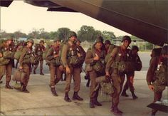 Military Service, Military Life, Military Art, Army Pics, Parachute Regiment, Defence Force, My Land, Paratrooper, African History