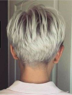 Awesome 36 Astonishing Back View Short Pixie Haircut Hairstyle Ideas To Try Asap Super Short Hair, Short Grey Hair, Short Hair With Layers, Short Hair Cuts For Women, Short Hair Styles, Haircuts For Fine Hair, Short Pixie Haircuts, Hairstyles Haircuts, Short Cropped Hairstyles