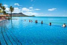 Waikiki beach Hawaii- Infinity Pool
