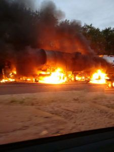 #Brasil,Cidades,Polícia: Acidente entre ônibus e caminhão deixa 20 mortos no Paraná