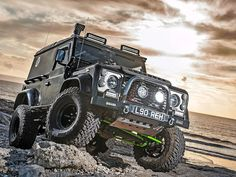 // Black Art: Modified Td5 Defender 90   http://www.lro.com/features-reviews/featured-vehicles/1504/black-art-modified-td5-defender-90/