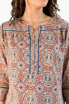 Neck Designs to Try with Plain Kurtis - Indian Fashion Ideas Simple Kurta Designs, New Kurti Designs, Churidar Designs, Kurta Designs Women, Kurti Designs Party Wear, Short Kurti Designs, Neck Designs For Suits, Sleeves Designs For Dresses, Neckline Designs