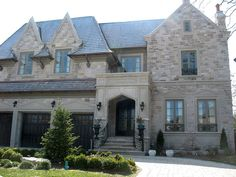 Indiana Limestone - variegated coursing  Smooth Indiana Limestone door surround by CWB MTL, via Flickr