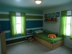 Step by step tutorial on painting horizontal stripes in a room. -kids room