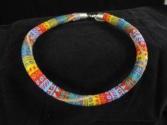 Colliers - Bunte Mustermix Perlenhäkelkette - ein Designerstück von Mailyme bei…
