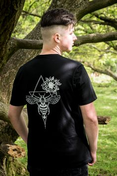 #organic#ethical#sustainablefashion#fairtrade#certifiedfabric T Shirts Uk, Organic Cotton T Shirts, Uk Fashion, Mens Sweatshirts, Sustainable Fashion, Prints, How To Wear, Women, Men's Sweaters
