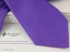 R I G G I -Italia- Hand Made....... Silk Neckties, Cravatte di seta. Corbatas de seda......... www.riggi-italia.com https://www.facebook.com/pages/R-I-G-G-I-Italia-/355697627857184  http://www.youtube.com/watch?v=giBRZ9fIOSQ