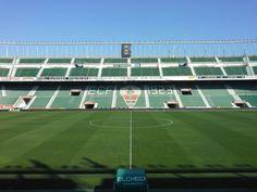Estadio Manuel Martínez Valero.